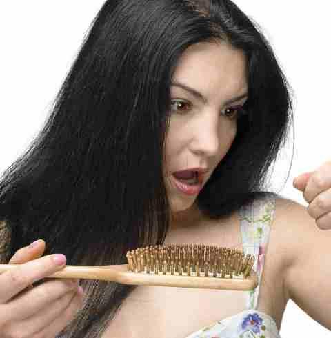 Vitaminsizlik saçı döker! Vitaminleri ihmal etmeyin!